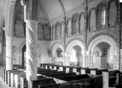 Eglise Sainte-Marguerite - Vue intérieure de la nef, vers le nord-ouest