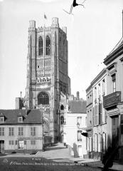 Ancienne abbaye de Saint-Bertin - Clocher, côté ouest