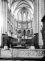 Ancienne abbaye de Saint-Bertin - Vue intérieure du choeur
