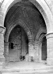 Eglise Saint-Pargoire - Vue intérieure du porche ouest