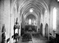 Eglise Saint-Pargoire - Vue intérieure de la nef, vers le chœur, prise de la tribune