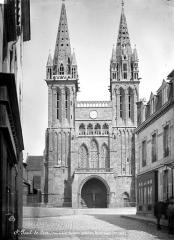 Ancienne cathédrale Saint-Paul-Aurélien - Façade ouest