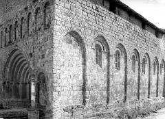 Eglise Saint-Privat - Angle sud-ouest