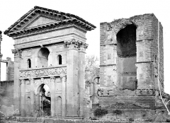 Château - Donjon et portail