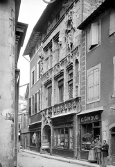 Maison des Têtes - Façade sur rue