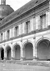 Domaine du château de Valençay - Façade sur la cour d'honneur