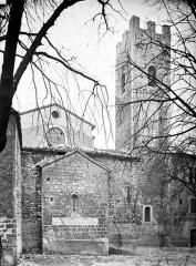 Remparts (vestiges des anciens) - Enceinte et tour