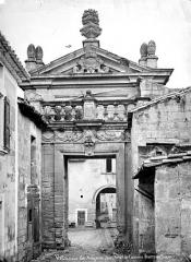 Ancienne chartreuse du Val-de-Bénédiction - Porte