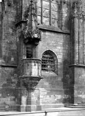 Eglise Notre-Dame - Chaire extérieure