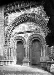 Eglise - Portail du transept nord
