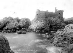 Château - Vue d'ensemble côté mer