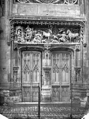 Château - Chapelle : portail