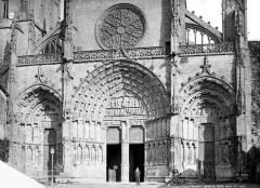Ancienne cathédrale, dite église Saint-Jean - Façade ouest : portails