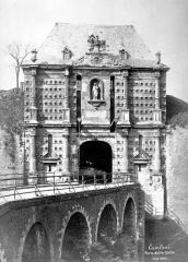 Porte Notre-Dame - Vue d'ensemble