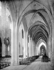 Basilique Notre-Dame - Vue intérieure du bas-côté sud