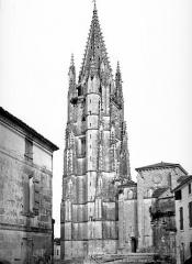 Eglise Saint-Eutrope - Clocher et façade ouest
