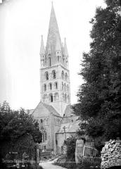 Eglise - Façade sud : Transept et clocher