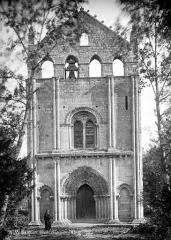 Ancienne église abbatiale Saint-Maurice, actuelle église Saint-Nicolas - Façade ouest