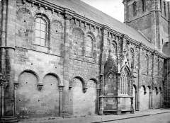 Eglise Saint-Sauveur - Façade nord