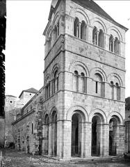 Eglise Saint-Léger - Ensemble nord-ouest