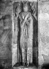 Eglise Sainte-Eulalie (ancienne cathédrale) - Cloître : Statue