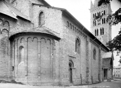 Eglise Notre-Dame (ancienne cathédrale) - Façade nord en perspective