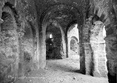Ruines de la rotonde dite Temple de Lanleff - Vue intérieure : Galerie