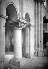 Eglise Saint-Julien-le-Pauvre - Vue intérieure du chœur : Piliers, côté nord