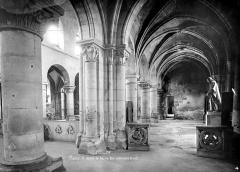 Eglise Saint-Julien-le-Pauvre - Vue intérieure du bas-côté nord et de la nef, vers l'ouest