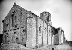 Ancienne église priorale Saint-Pierre de Parthenay-le-Vieux - Ensemble sud-ouest