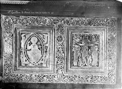 Ancienne abbaye de Gellone - Devant de l'autel de saint Guillaume en marbre