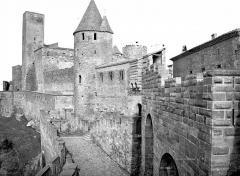 Cité de Carcassonne - Châtelet et porte d'Aude