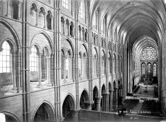 Ancienne cathédrale, actuellement église Notre-Dame, et cloître - Vue intérieure de la nef prise de la tribune vers le nord-est