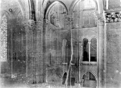 Eglise Saint-Rémi - Triforium, du côté de l'entrée