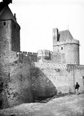 Cité de Carcassonne - Remparts : Tour Saint-Nazaire, Tour du Tréseau