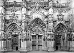 Eglise Saint-Vulfran ou ancienne collégiale - Portails de la façade ouest