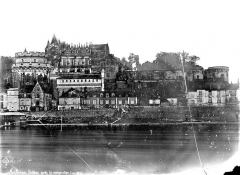 Château - Vue d'ensemble sur la Loire, côté nord