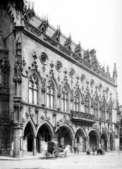 Hôtel de ville - Façade est