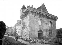 Hôtel de ville - Façade fortifiée, côté nord-ouest