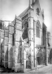 Basilique Notre-Dame - Angle nord-ouest