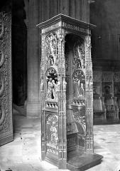 Basilique Saint-Denis - Stalle