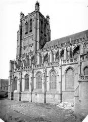 Collégiale, puis cathédrale Notre-Dame, actuellement église paroissiale Notre-Dame - Façade sud et clocher