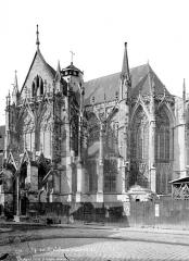 Eglise Saint-Urbain - Angle sud-est : Transept et abside