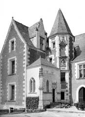 Château du Clos-Lucé - Façade avec la tourelle d'angle