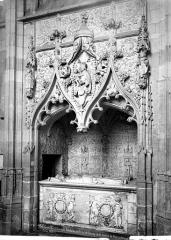 Eglise Saint-Jacques-le-Majeur et Saint-Jean-Baptiste - Tombeau de Raoul de Lannoy