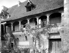 Ancien château de Henri IV - Façade