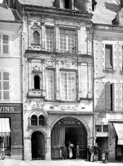 Maison dite de Jean d'Alibert - Façade sur rue