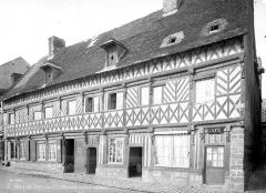Maison dite de Henri IV - Façade sur rue