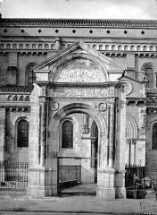 Eglise Saint-Sernin - Façade sud : Porte Bachelier
