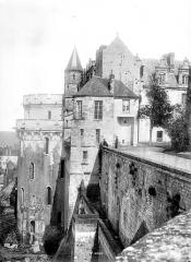 Château - Tour des Minimes et logis du roi, côté ouest